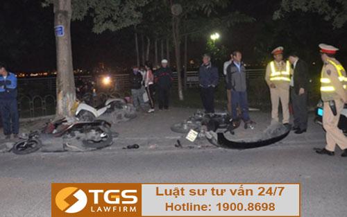 Nữ tài xế đi xe Lexus gây tai nạn liên hoàn ở ven Hà Tây - Hà Nội