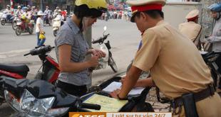 tạm giữ giấy tờ do vi phạm luật giao thông