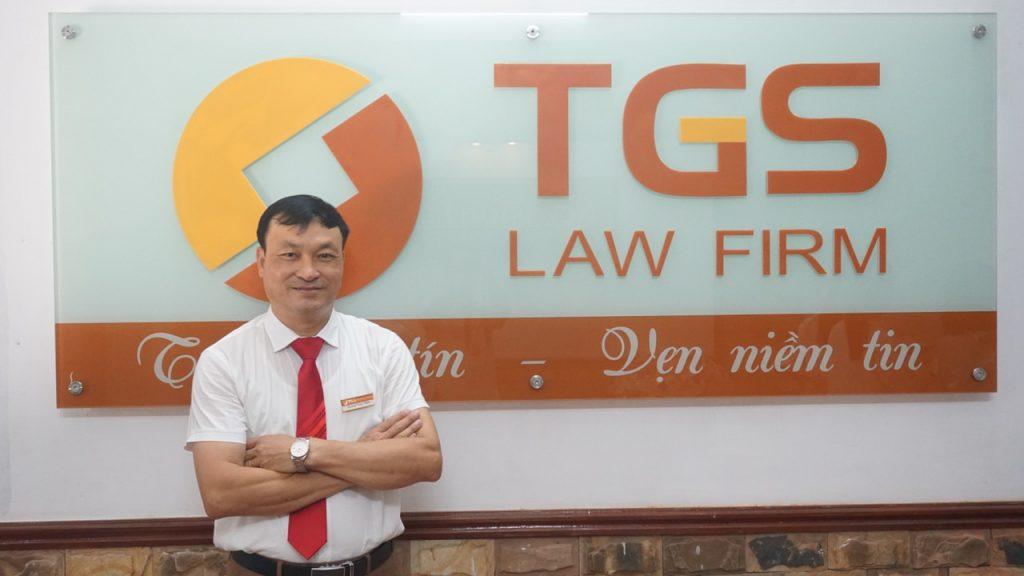 luật sư Hoàn trả lời phỏng vấn  tạp chí Môi trường và đô thị