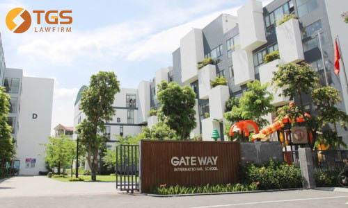 Bé trai tử vong trong xe của Trường Gateway - Trách nhiệm thuộc về ai?