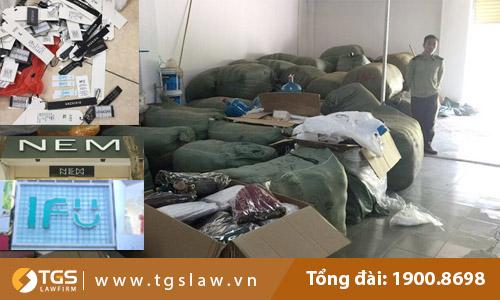 Nhận định Luật sư về vụ việc 4 tấn quần áo bị hô biến thành thương hiệu thời trang NEM và IFU