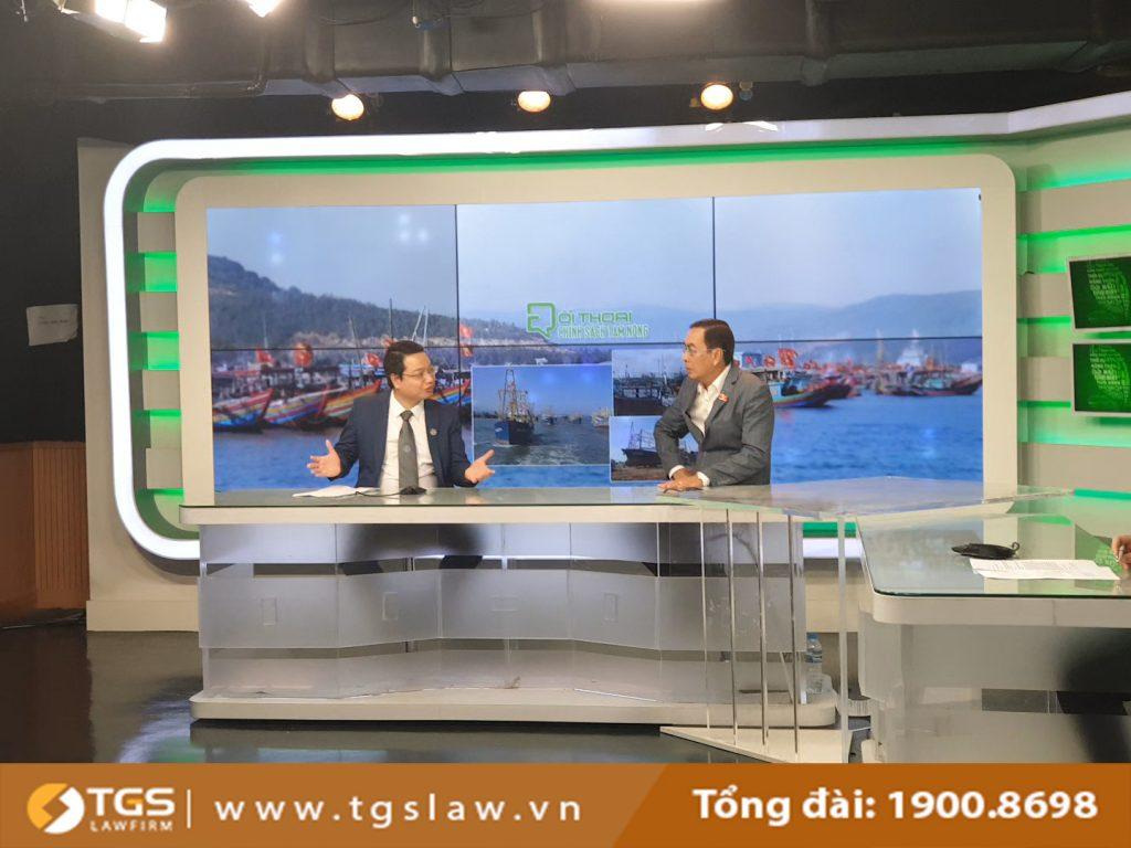 Luật sư Nguyễn Đức Hùng tham gia tọa đàm về những vướng mắc tỏng việc thực hiện chính sách phát triển thủy sản